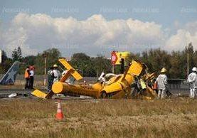 Un guatemalteco y tres mexicanos son las víctimas mortales del accidente aéreo en el aeropuerto internacional La Aurora. (Foto Prensa Libre: E. García)