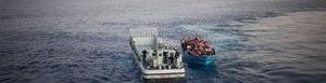 Hallan trece cadáveres de inmigrantres en el Mediterraneo.