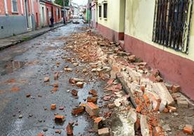 Quetzaltenango, San Marcos, Sololá, Retalhulau y Suchitepéquez, reportan daños.