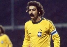 Rivelino marcó una época exitosa con la selección de Brasil (Foto Prensa Libre: tomada de internet)