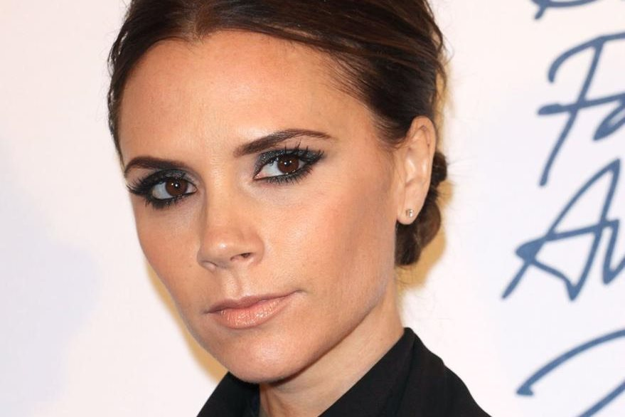 The face of Victoria Beckham receives the nutrients of sheep's placente. (Photo Prensa Libre: Hemeroteca PL).