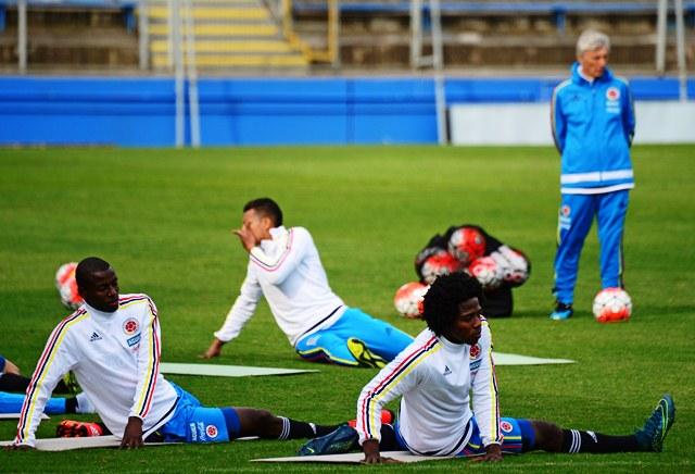 La selección de Colombia trabajó este martes en Santiago de Chile. (Foto Prensa Libre: EFE)