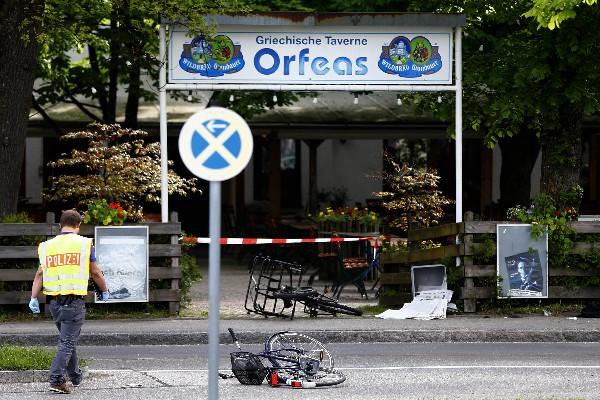 Restaurante donde ocurrió el ataque cerca de la estación de tren en Grafing.(AFP).