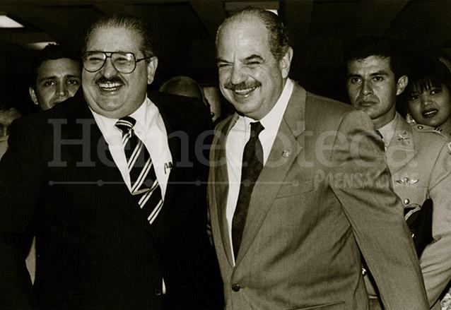 El presidente de Panamá, Guillermo Endara junto a Jorge Serrano en 1991. (Foto: Hemeroteca PL)
