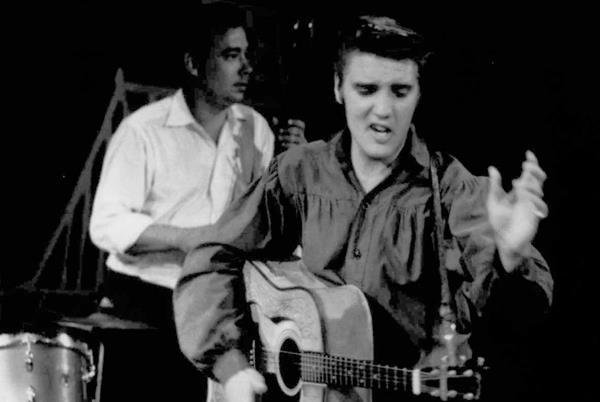 Elvis Presley es conocido como el Rey del Rock. (Foto Prensa Libre: Hemeroteca PL)