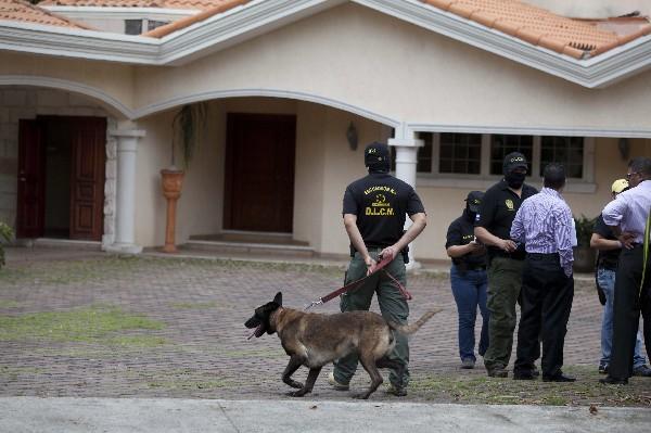 Autoridades hondureñas decomisa en un operativo la casa de Yankel Rosenthal.