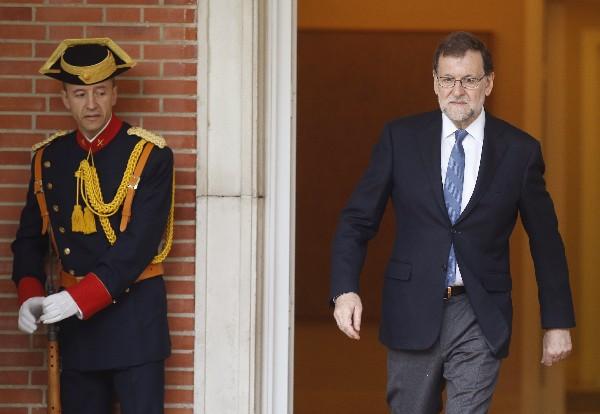 Mariano Rajoy, sale del Palacio de la Moncloa, en Madrid, España. (EFE).