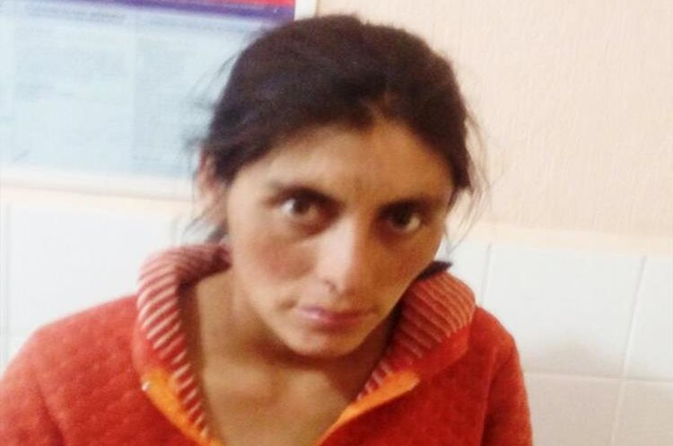 María Esperanza Castañón, de 28 años, fue detenida. (Foto Prensa Libre: Whitmer Barrera)