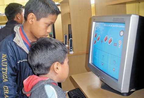 METODOLOGÍAS CREATIVAS, COMO las impulsadas por Tziquiná, motivan a los niños con los números.