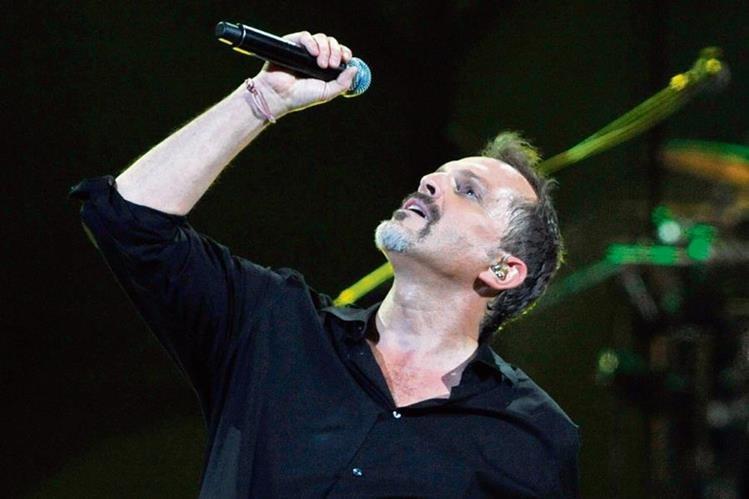 Miguel Bosé ofrecerá un concierto en junio, en el país.
