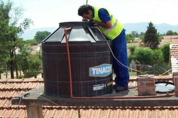 C mo limpiar y desinfectar el tanque de agua potable for Como fabricar tanques de agua para rusticos