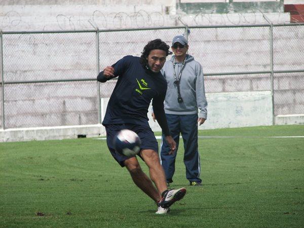 Agustín Herrera, no ha jugado todos los minutos con Antigua y ya suma un gol y una asistencia. (Foto Prensa Libre: Carlos Vicente)