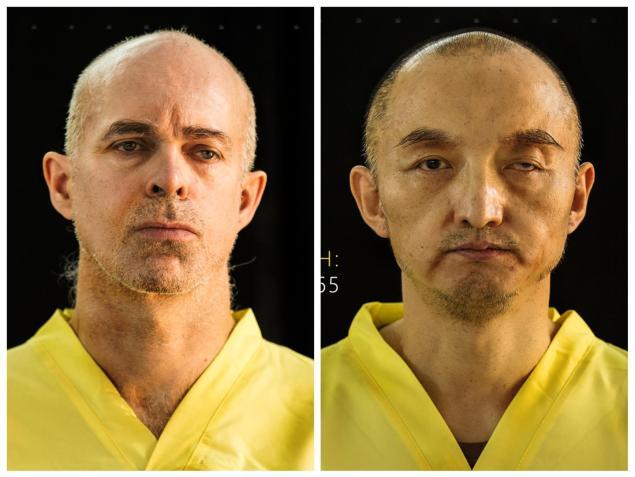La revista <em>Dabiq</em> publica las fotografías de los dos presuntos rehenes.