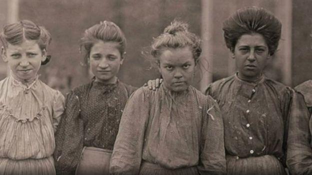 Hines tenía que ganarse la confianza de los niños para poder fotografiarlos. (Foto: Lewis Hines / Cortesía del Archivo Nacional de Estados Unidos)