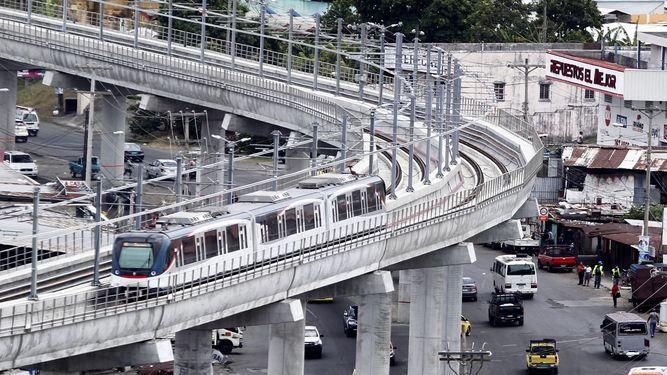 Parte del recorrido aéreo del metro de Panamá. (Foto PL: images.prensa.com/)