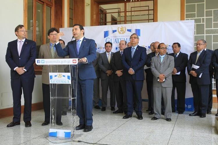 Luces y sombras de los ministros y secretarios del actual Gobierno. (Foto Prensa Libre: Hemeroteca PL)