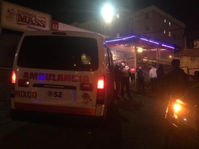 Bomberos Voluntarios dieron a conocer que la víctima tenía tres heridas de bala. (Foto Prensa Libre: CVB)