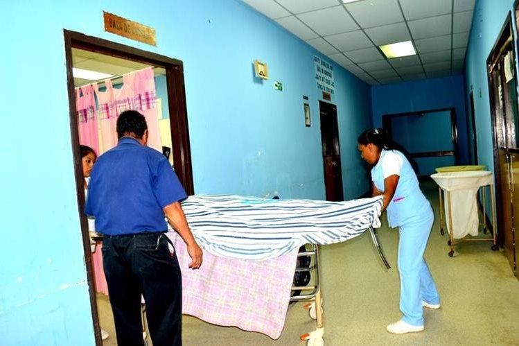 Alberta Cano Alfaro, 16, murió a su ingreso en la emergencia del Hospital Distrital de Uspantán, Quiché. (Foto Prensa Libre: Óscar Figueroa)