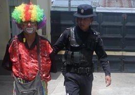 Fredy Antonio Asencio Linares, de 55 años, fue capturado en Jalapa sindicado de vender droga. (Foto Prensa Libre: PNC)
