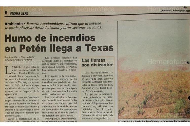 La lluvia fue insuficiente para apagar los incendios en Petén, y el humo que provocan llegó a Estados Unidos. 9/5/1998. (Foto: Hemeroteca PL)