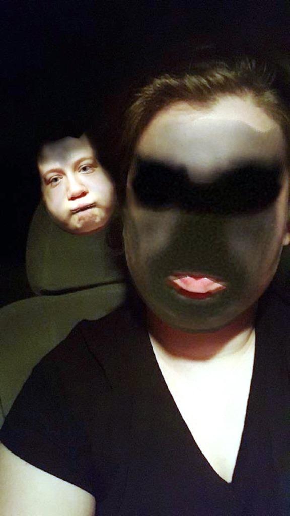 """Este es otro """"Face Swap"""" entre las sombras."""