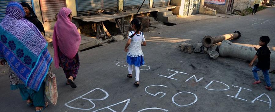 En India son frecuentes los casos de violación y asesinatos contra mujeres y niñas. (Foto Prensa Libre: AFP).