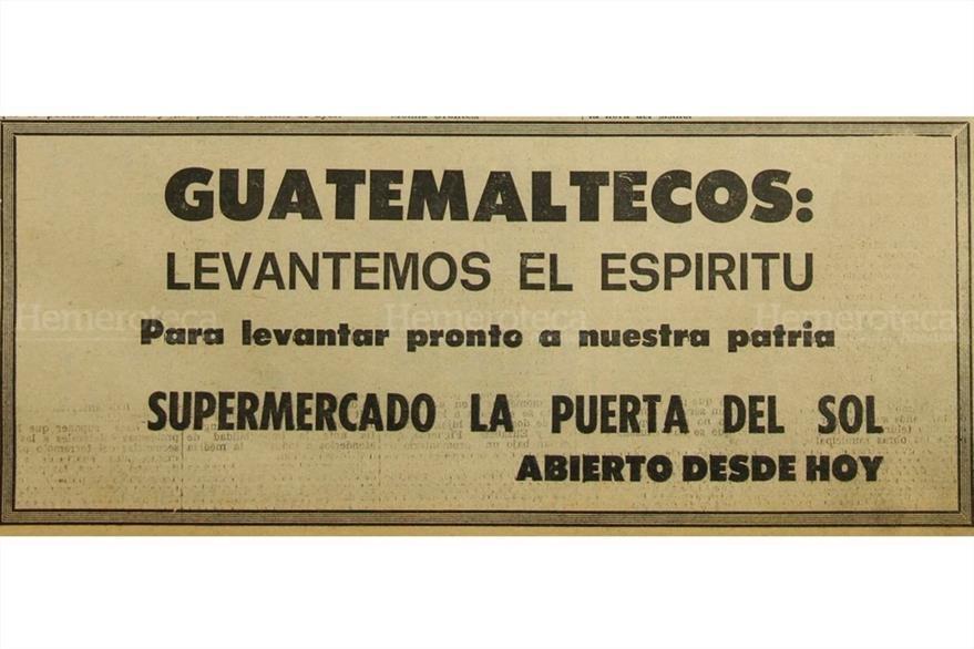 Anuncio de un comercio local increpa a los guatemaltecos a seguir adelante. (Foto: Hemeroteca PL)