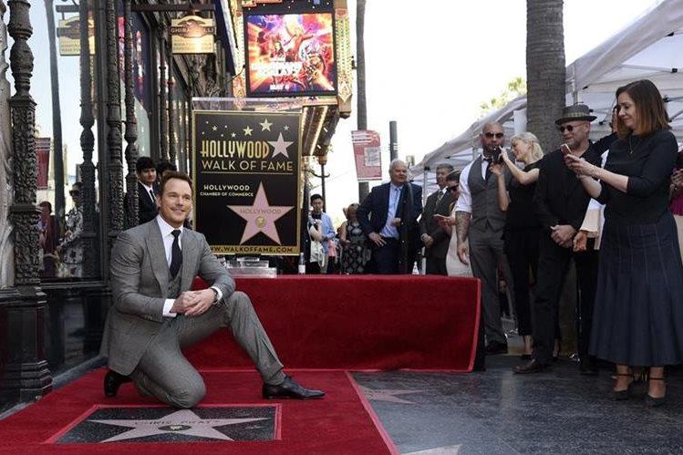 Chris Pratt fue homenajeado en el Paseo de la Fama. (Foto Prensa Libre: AP)