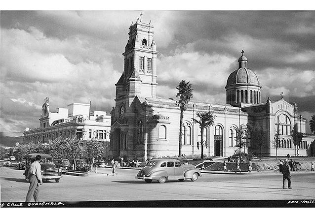 Aspecto del Calvario y la 18 calle en la década de 1930-1940. (Foto: Hemeroteca PL)