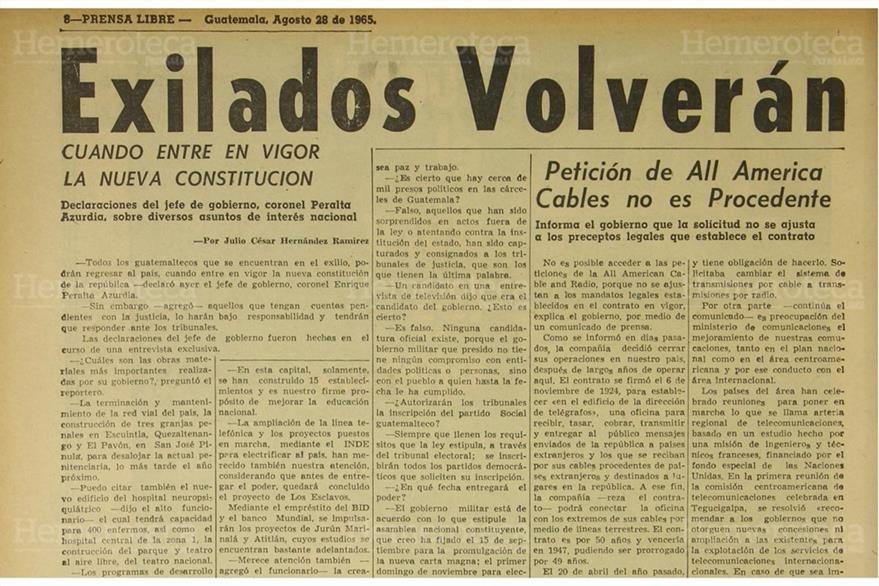 Entrevista con Enrique Peralta Azurdia, el 28 de agosto de 1965. (Foto: Hemeroteca PL)