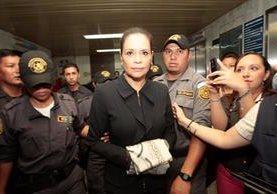 La última aparición pública de Roxana Baldetti fue el pasado 22 de octubre en la Torre de Tribunales. (Foto Prensa Libre: Hemeroteca PL)