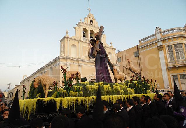 Víacrucis de Jesús de la Indulgencia de Beatas de Belén, cuaresma 2015. (Foto: Néstor Galicia)