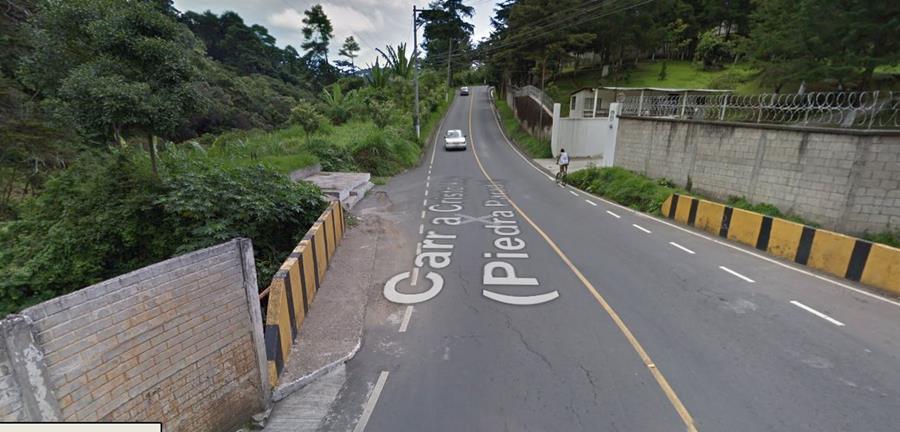 Así era la ruta que colapsó esta tarde, en Santa Catarina Pinula.
