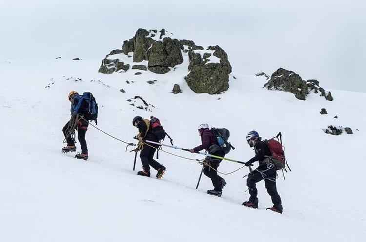 Christian Rodríguez Morales es el único guatemalteco que participará en el curso de guiado de montañismo para personas no videntes. (Foto Prensa Libre: Cortesía)