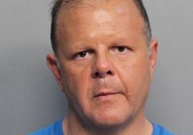 La Policía divulgó esta imagen de Dominic Joseph Puopolo, de 51 años, quien fue arrestado por amenazar a Trump. (Foto Prensa Libre: EFE).