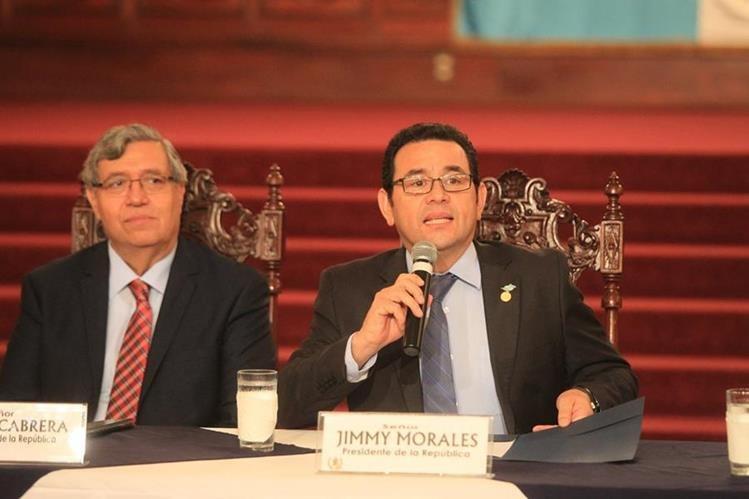 El presidente Jimmy Morales y vicepresidente Jafeth Cabrera asumieron el mando el 14 de enero pasado. (Foto Prensa Libre: Hemeroteca PL)