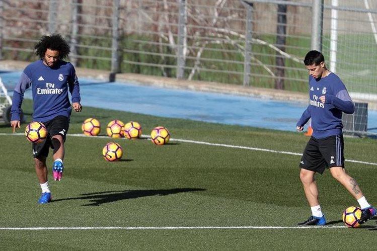 Marcelo volvió a tocar balón luego de varias semanas sin actividad. (Foto Prensa Libre: EFE)