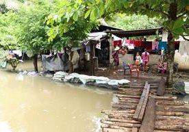 Las intensas lluvias han causado problemas en varios departamentos.