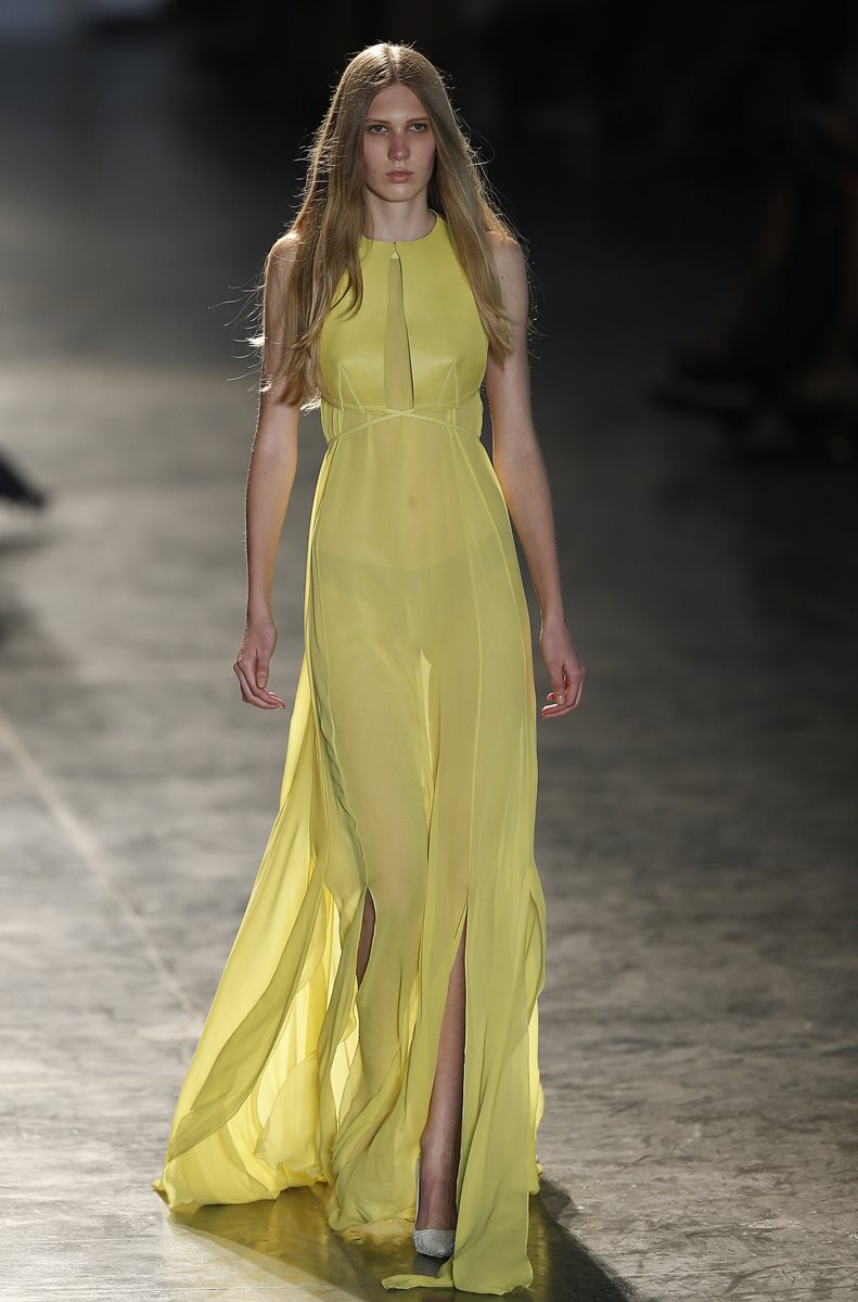 El color amarillo fue parte de la propuesta de Vitorino  Campo. (Foto Prensa Libre: AP).