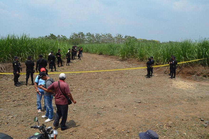 Lugar donde fue localizado el cadáver del uniformado en Retalhuleu. (Foto Prensa Libre: Hemeroteca PL).