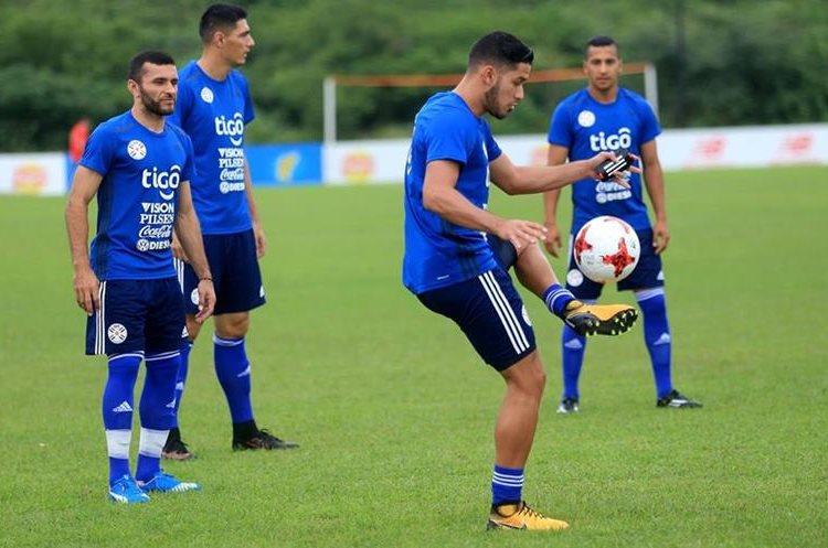Paraguay también tendrá un complicado duelo frente a Colombia. (Foto Prensa Libre: AFP)