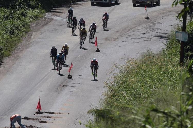Algunos tramos de las carreteras aún están en reparación.