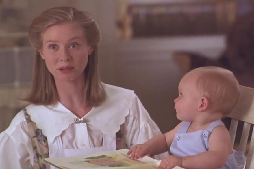 En sus actuaciones en la gran pantalla participó en la película ¡Cuidado: bebé suelto!