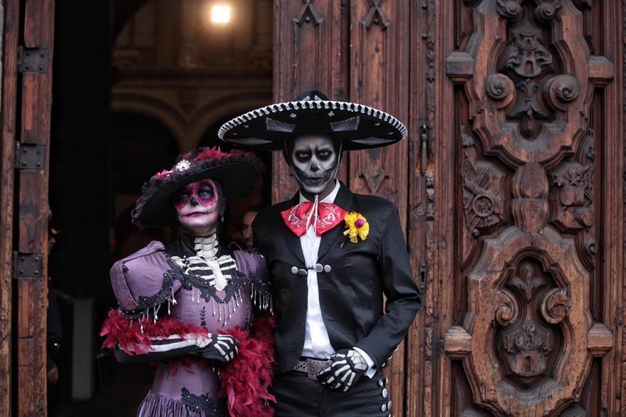 El Día de Muertos en México es una festividad declarada por la Unesco Patrimonio Inmaterial de la Humanidad en el 2008. (Foto Prensa Libre: EFE).