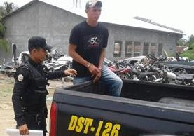 El hondureño José Antonio Sosa Reyes es sindicado de haberle causado la muerte a un hombre en Izabal. (Foto Prensa Libre: Dony Stewart)