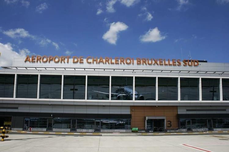 El aeropuerto ha permanecido cerrado desde el 22 de marzo. (Foto Prensa Libre: Hemoroteca PL)