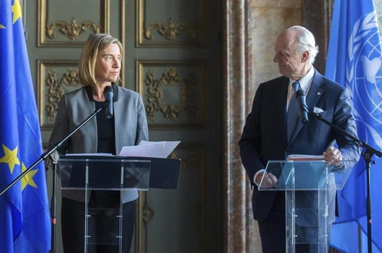 Representantes de la ONU condenan el supuesto ataque con armas químicas. (Foto Prensa Libre: EFE)