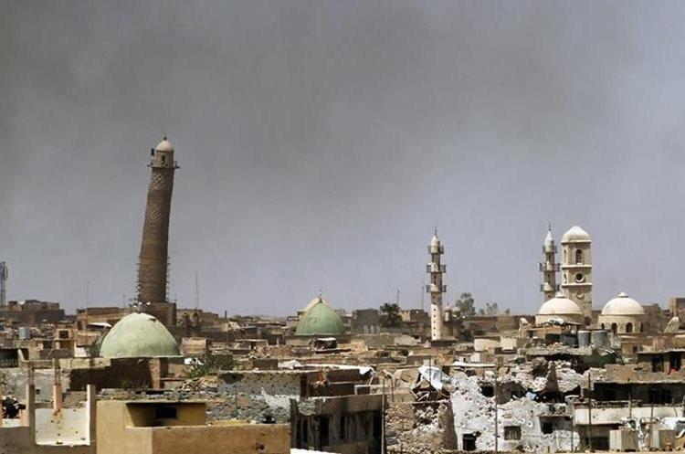 (VIDEO) Irak: El Estado Islámico destruye la icónica mezquita de Mosul