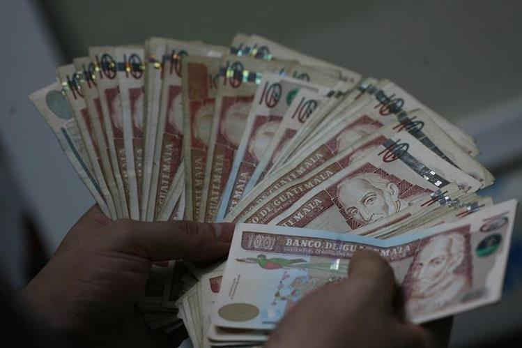 El Ministerio de Finanzas realizó este martes la segunda adjudicación de bonos del Tesoro por Q389.5 millones. (Foto Prensa Libre: HemerotecaPL)