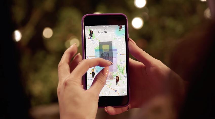 La función se despliega realizando un movimiento con los dedos sobre la pantalla (Foto Prensa Libre: Snapchat).